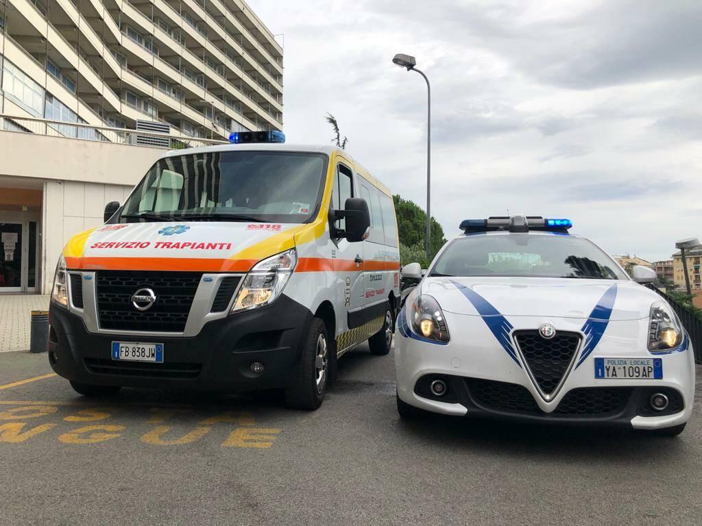polizia locale scorta ambulanza