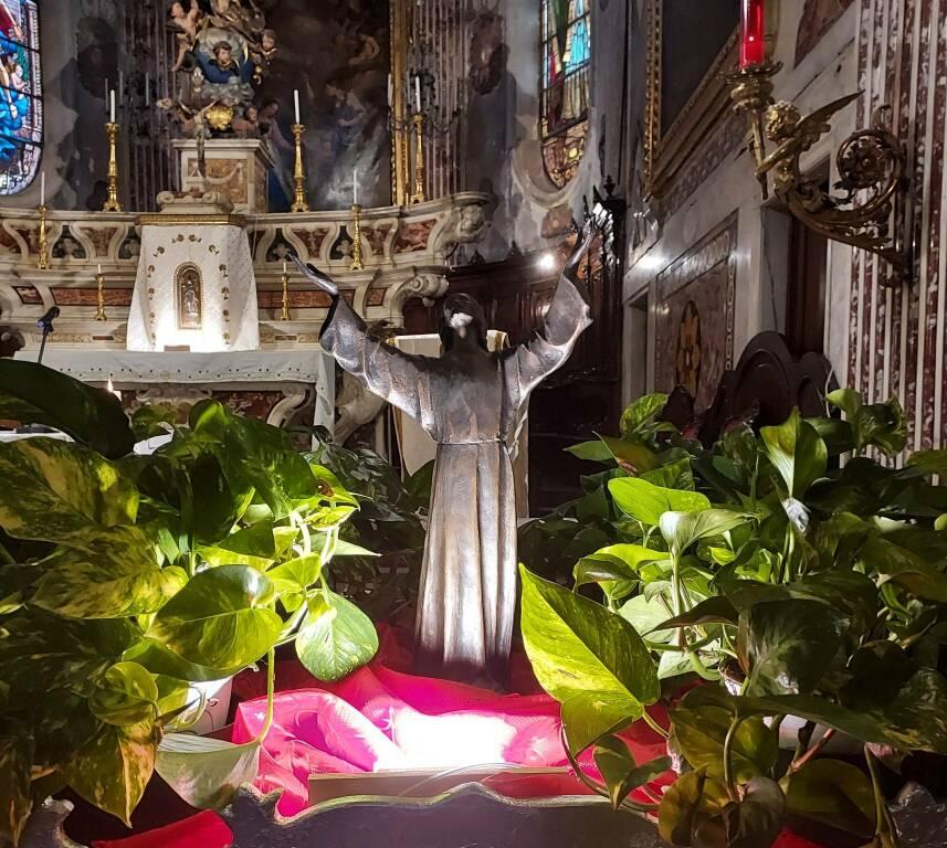 statuina Cristo Abissi