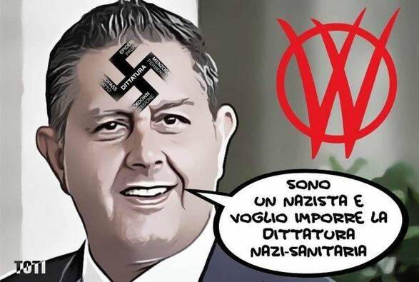 toti con il simbolo nazi