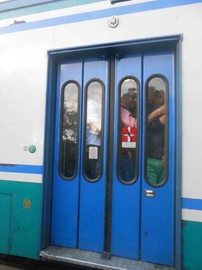 trenii, affollamento