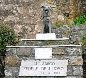 Camogli San Rocco monumento cane