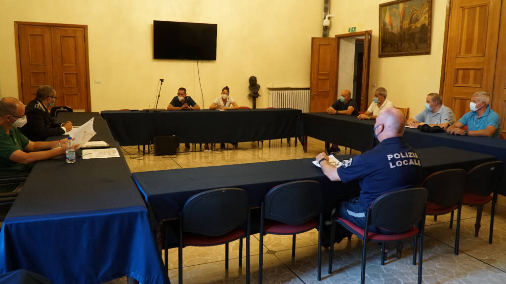 riunione vicesindaco cozzio e polizia locale