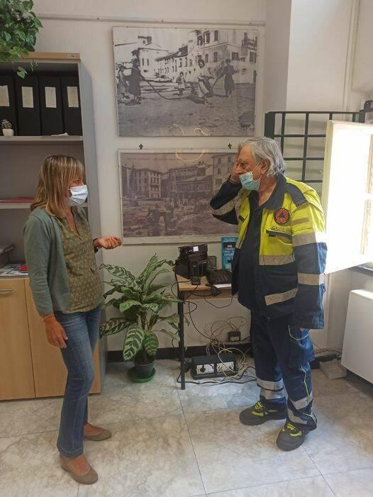 il sindaco Ghio con la protezione civile