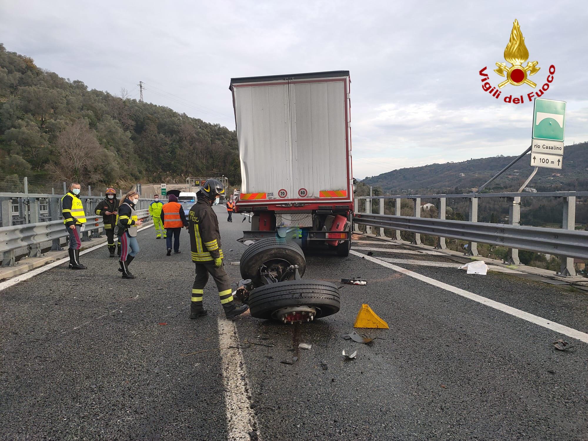 Rapallo: ancora pesante la situazione in A-12 (4)