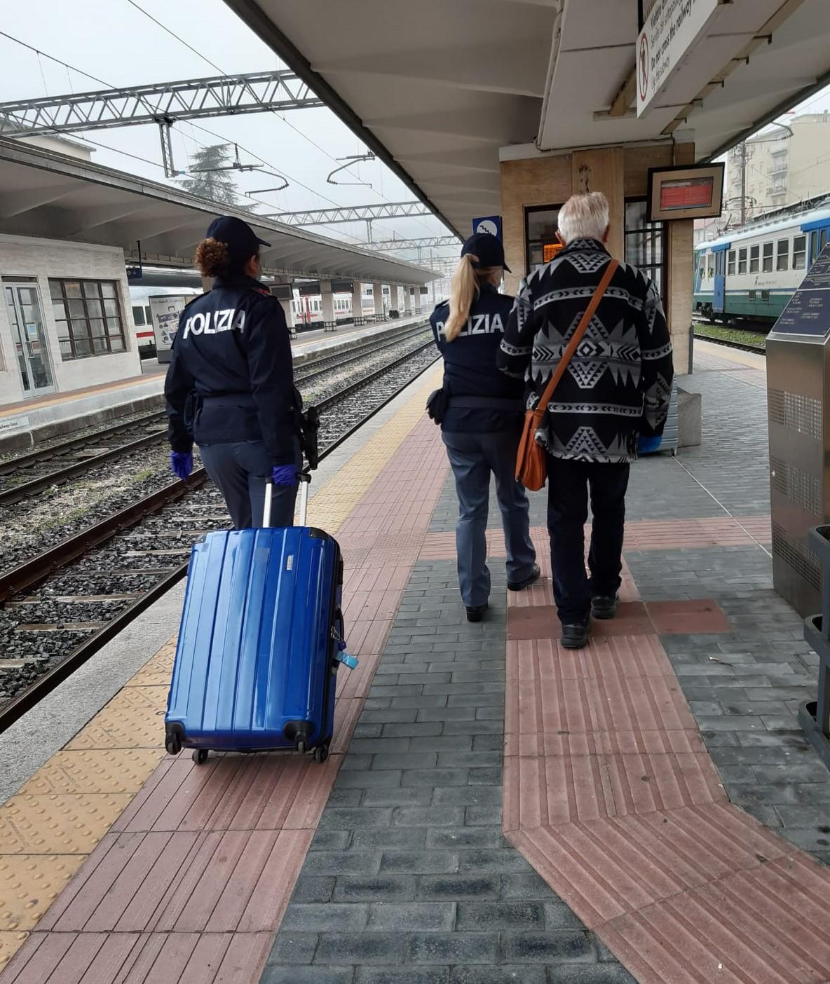 Treni: festività, controllate quasi 3 mila persone; ritrovato un anziano