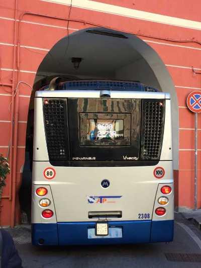 """Lettere/ """"Camogli: tutti i bus devono fermare in piazza Schiaffino"""""""