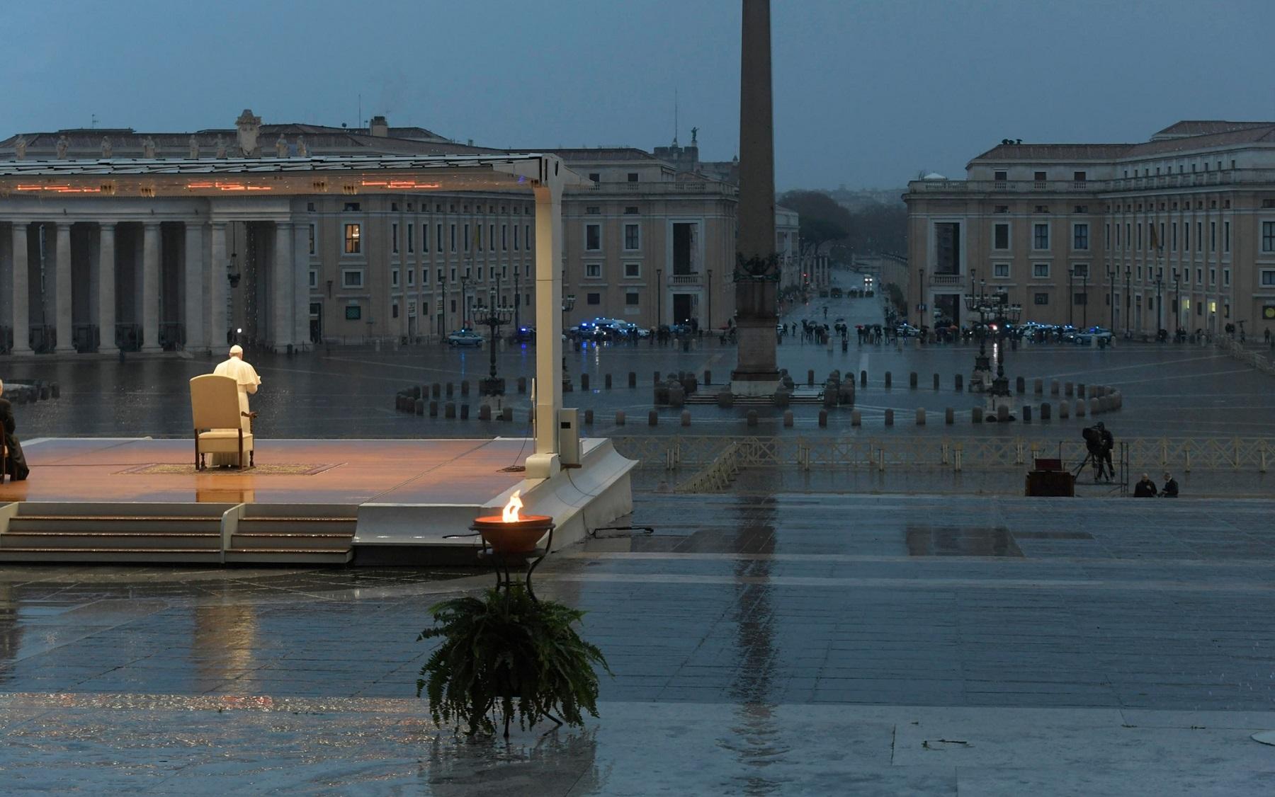 """Sori: il cardinale Ravasi e l'arcivescovo Tasca a """"Il mio teatro è una città"""""""