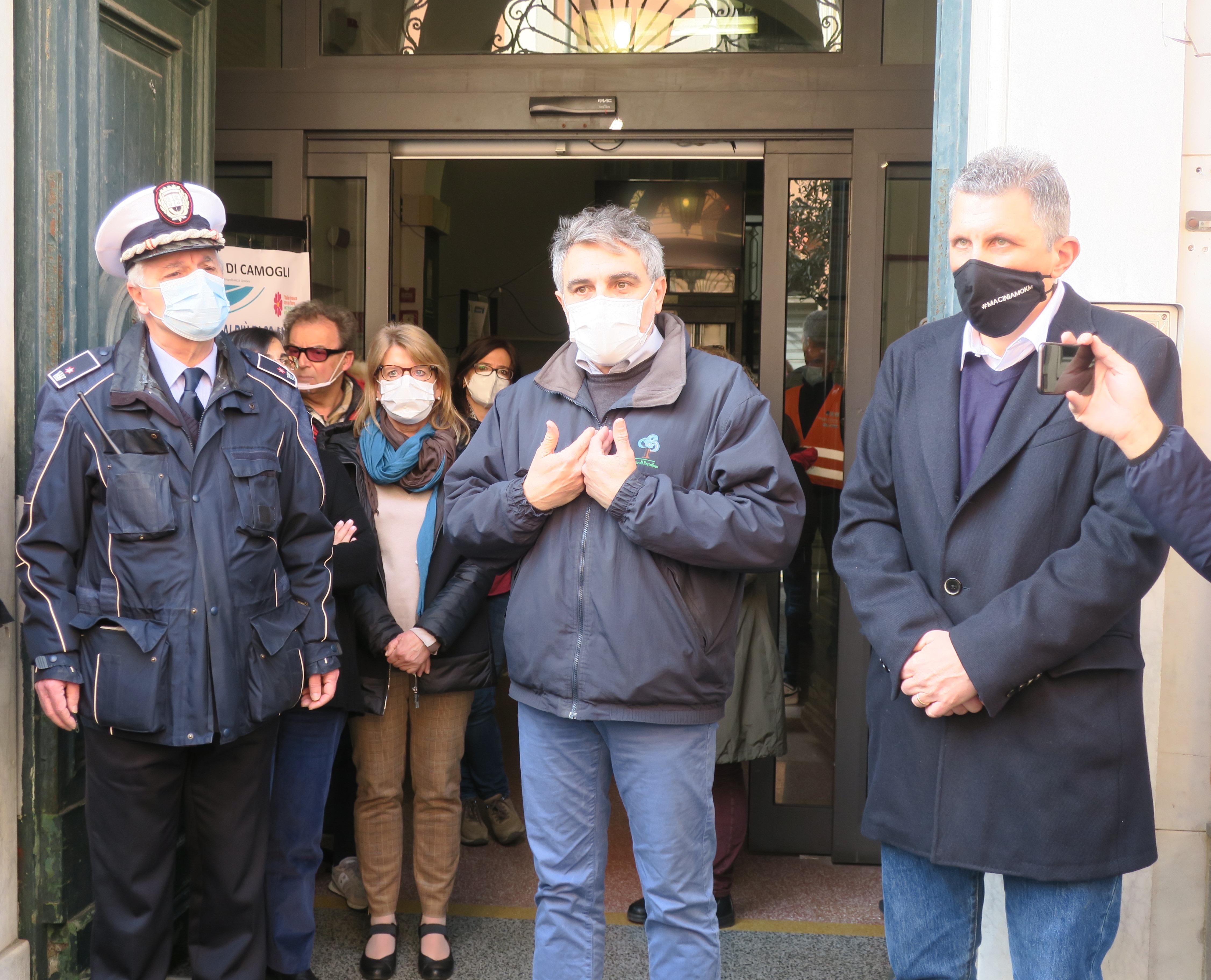 Camogli: il sindaco incontra le famiglie, il numero per prenotare (6)