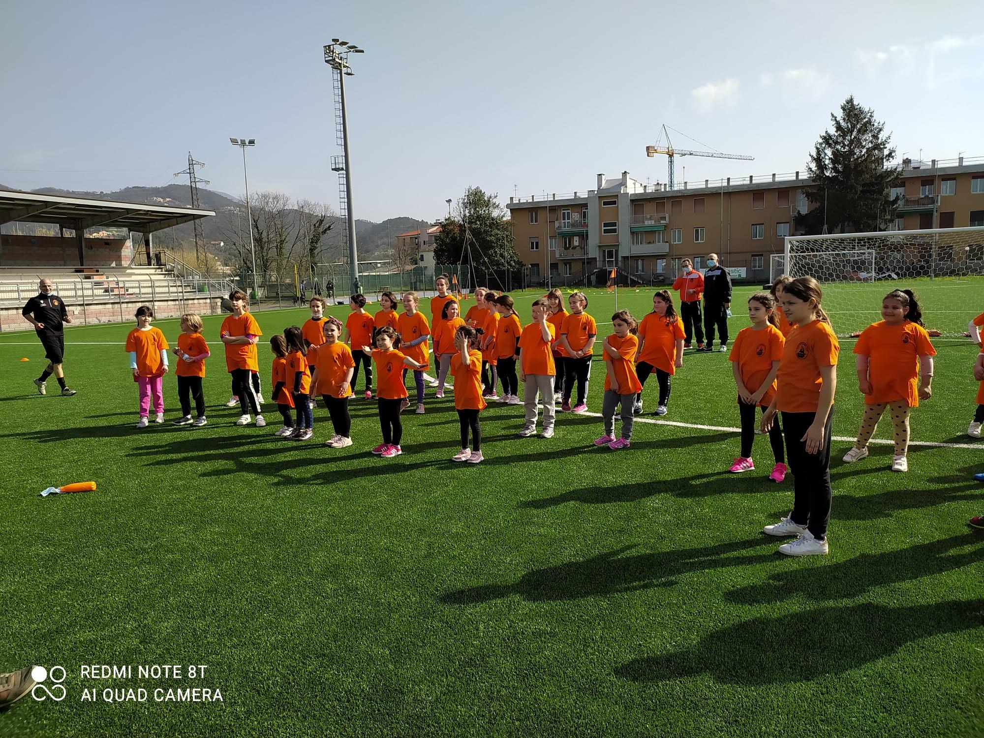 """Calcio/ """"Ecco la scuola femminile del Rivasamba"""""""