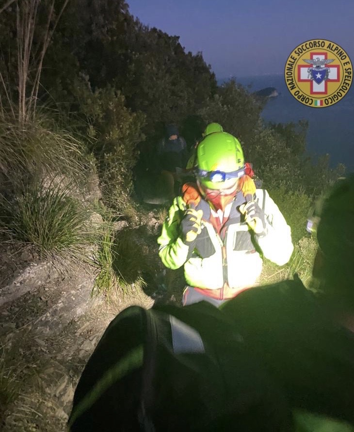 Cinque Terre: si infortuna al Muzzerone, socorsa 60enne (2)