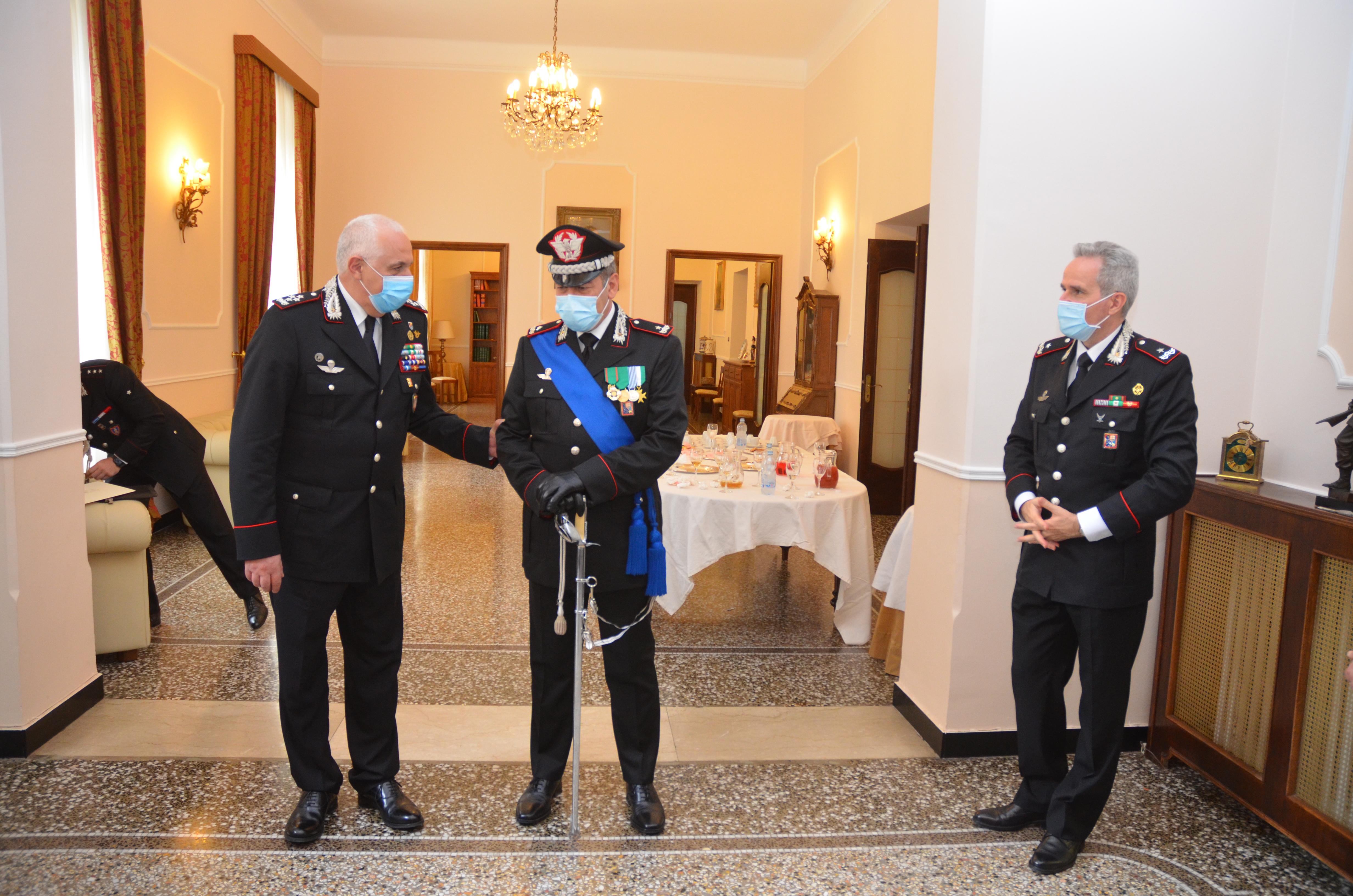 Carabinieri: visita a Genova del generale Teo Luzi (2)